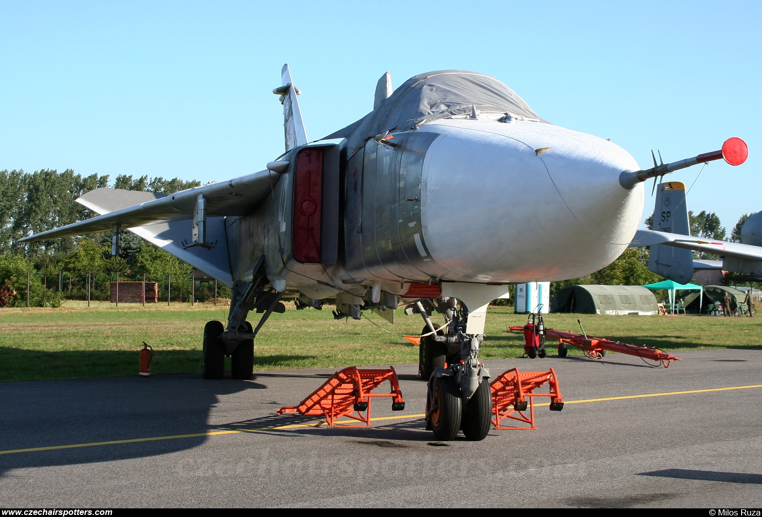 Belarus - Air Force – Sukhoi Su-24M Fencer D WHITE 42