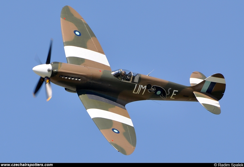 private – Supermarine Spitfire Mk XIX F-AZJS
