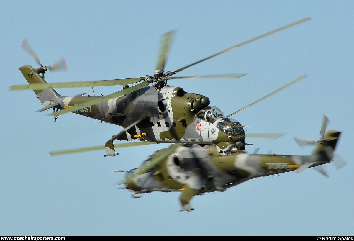 Czech - Air Force – Mil Mi-24V Hind 7357