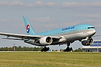 Korean Air (KAL) – Boeing B777-2B5/ER HL7764