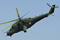 Poland - Air Force – Mil Mi-24D Hind 175