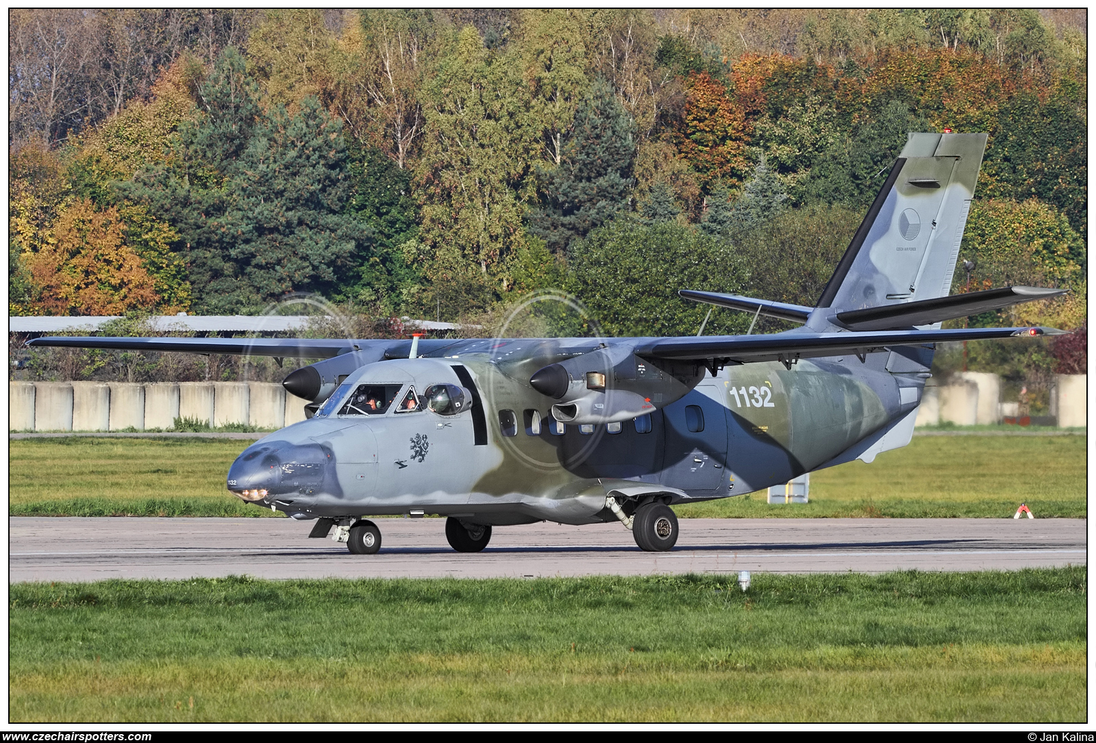 Czech - Air Force – Let L-410T Turbolet  1132