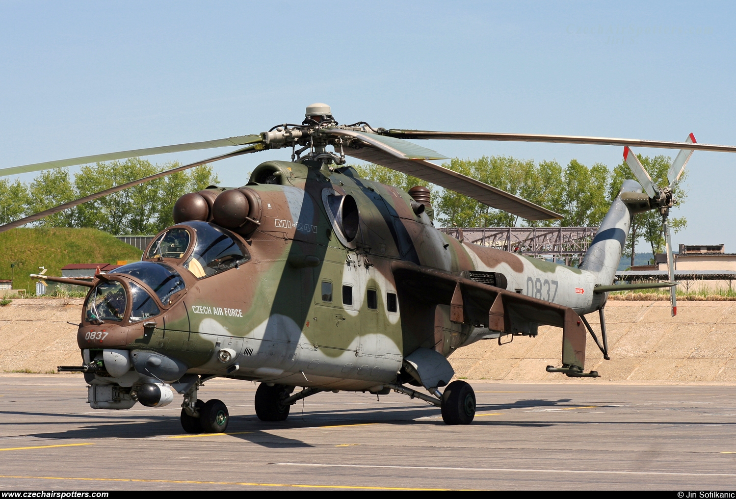 Czech - Air Force – Mil Mi-24V Hind 0837