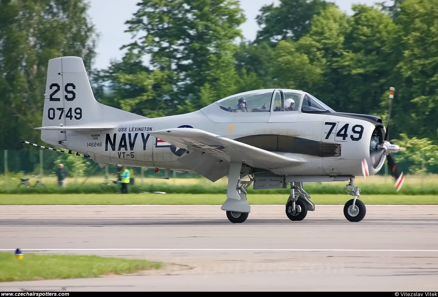 private – North American T-28C Trojan N2800M