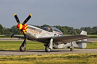 JCB Aviation – North American P-51D Mustang  	F-AZSB / 411622 / G4-C