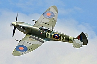 private – Supermarine Spitfire Mk XVIE (type 361) G-MXVI