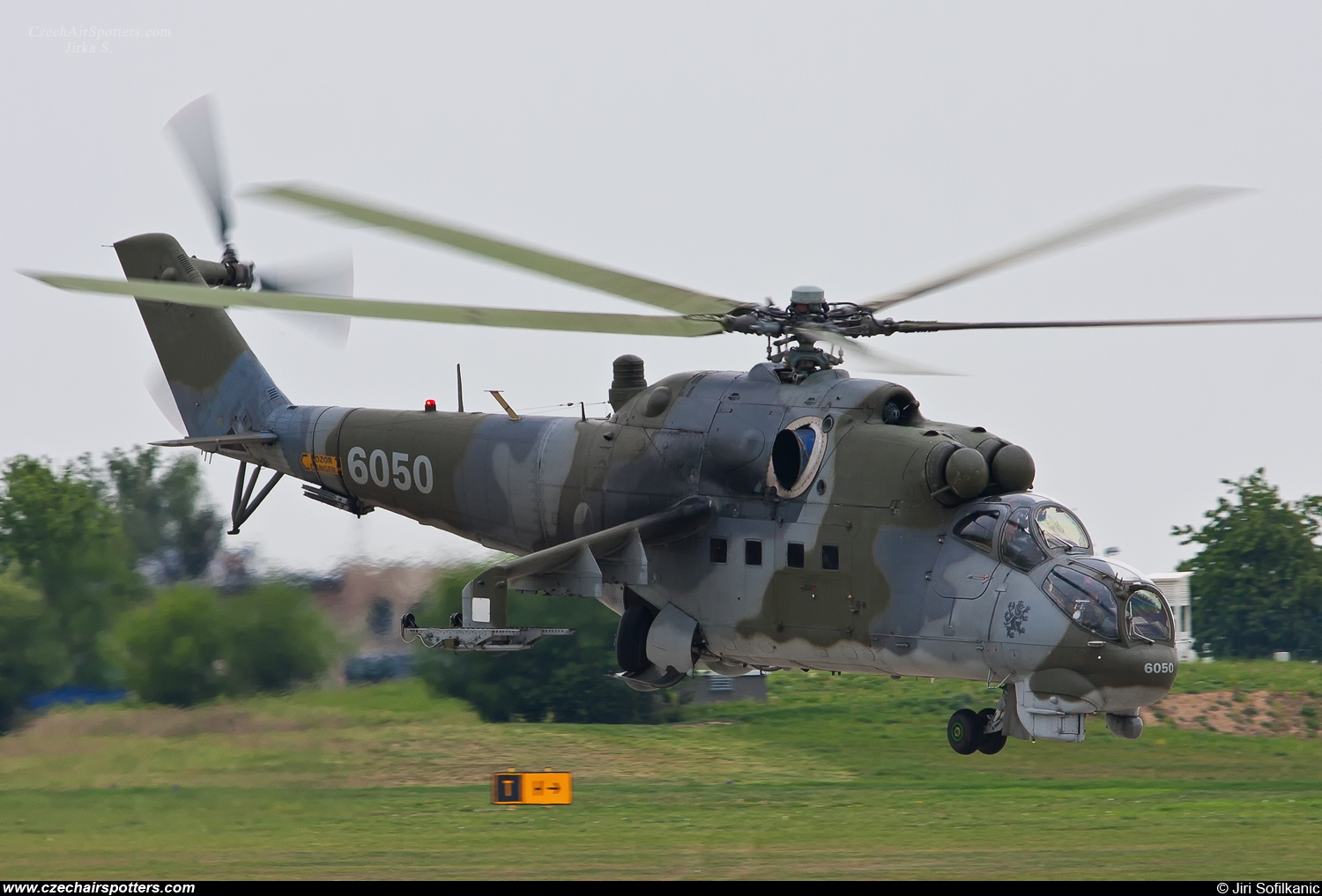 Czech - Air Force – Mil Mi-24DU Hind C 6050
