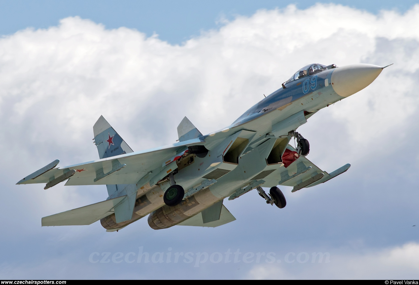 Russia - Air Force – Sukhoi Su-27 Flanker B 09