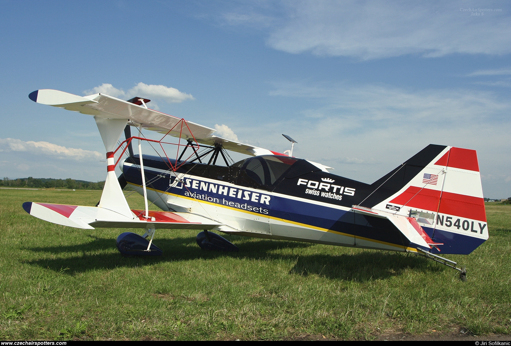 private – Aviat Pitts S-1X N540LY