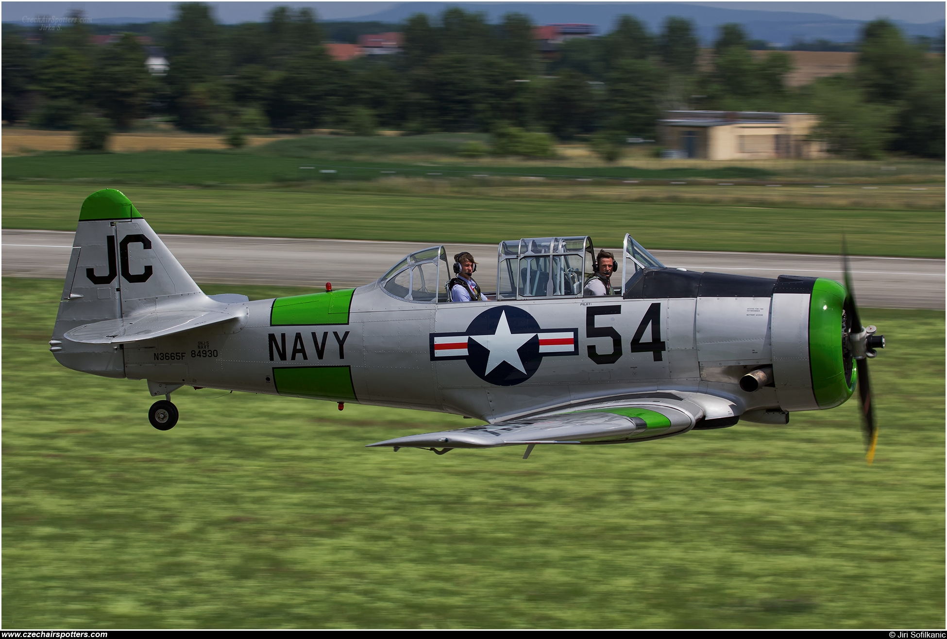 Airtrade – North American SNJ-5 Texan N3665F / JC-54