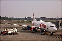 Lion Air ( JT , LNI ) – Boeing B737-8GP PK-LPJ