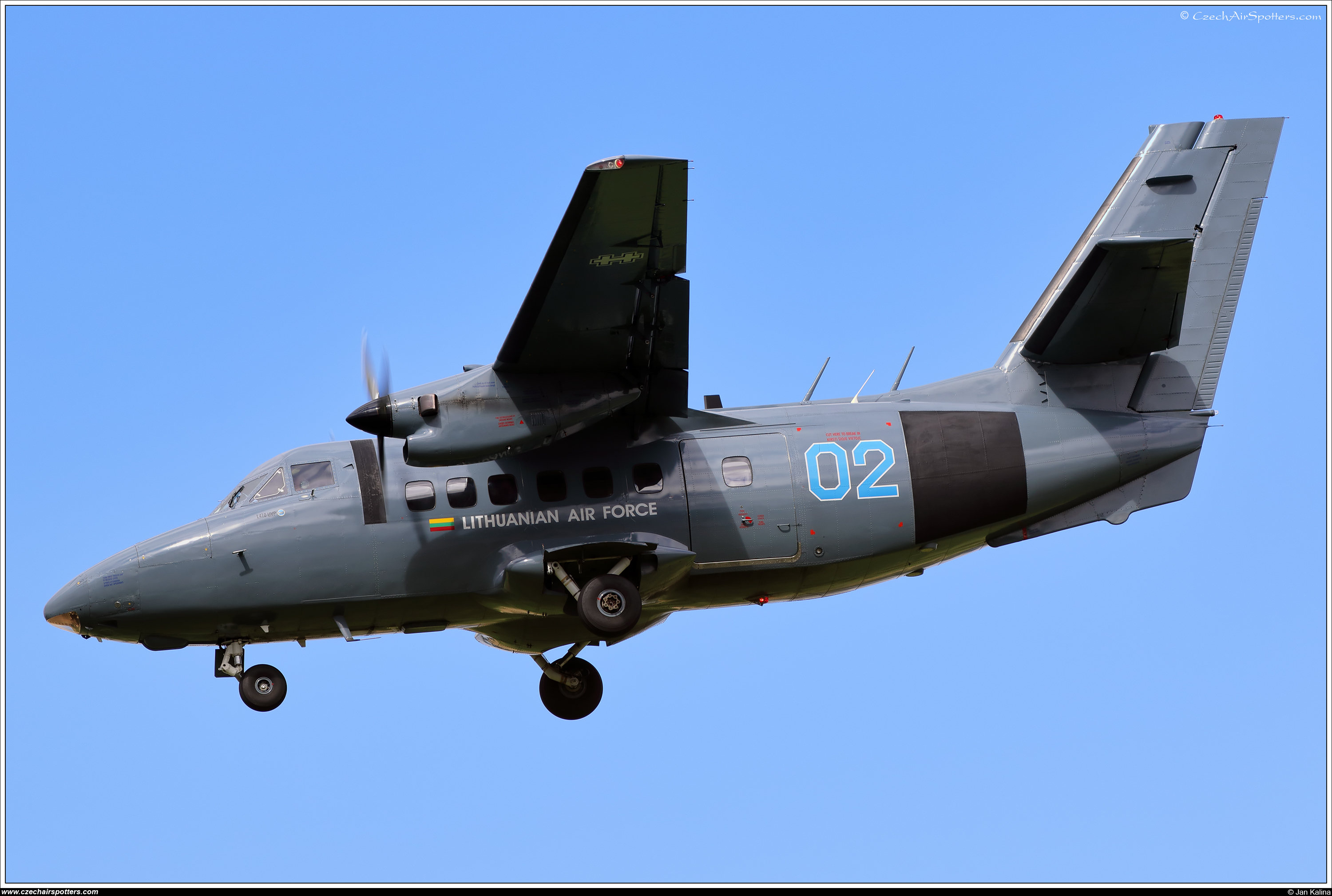 Lithuania - Air Force – Let L-410UVP Turbolet  02