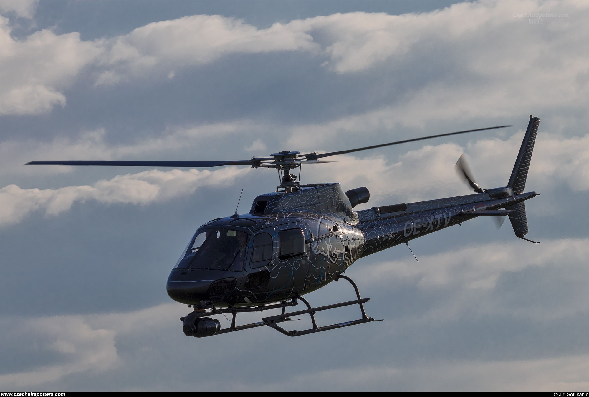The Flying Bulls – Eurocopter AS 350 B3 OE-XTV